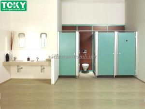 Công trình thi công bằng vách ngăn vệ sinh composite